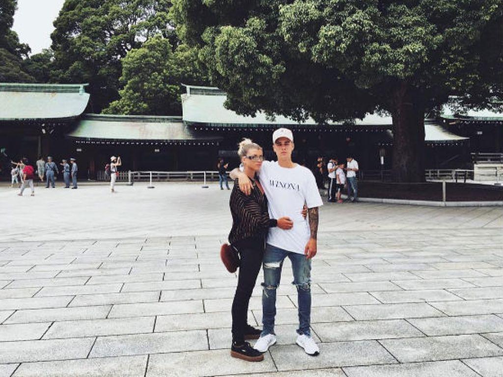 Sofia Richie und Justin Bieber in Japan