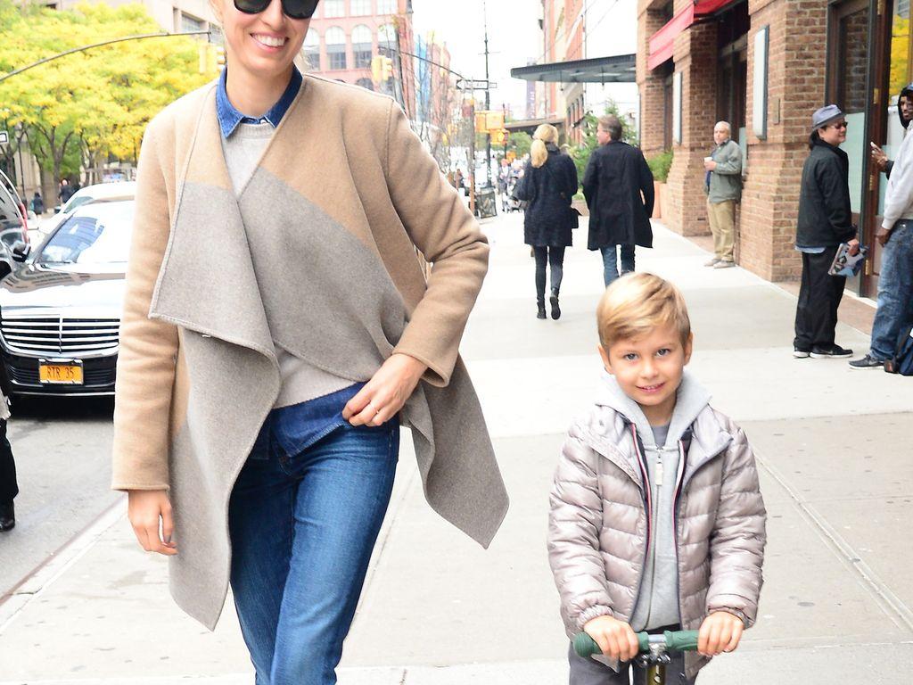 Karolina Kurkova mit Sohn Tobin