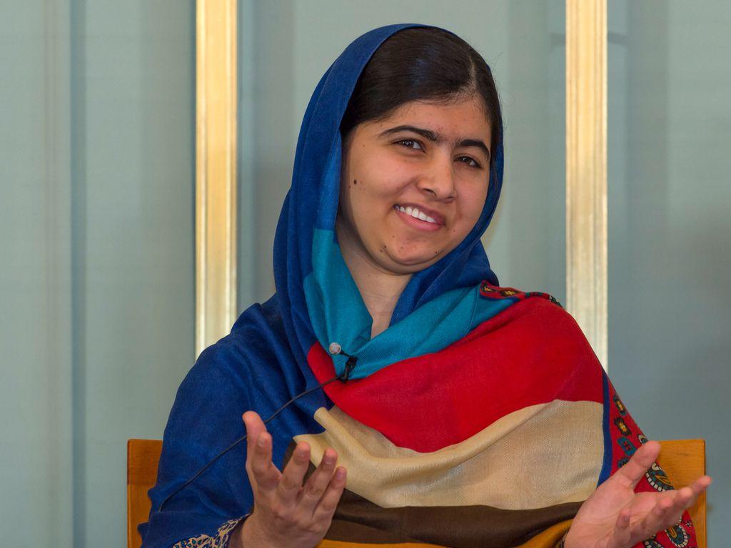 Malala Yousafzai bei der Nobelpreis-Pressekonferenz 2014