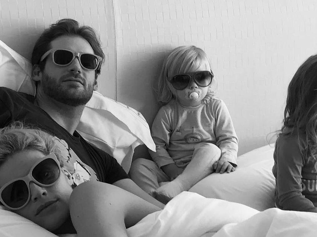 Michelle Hunziker und Tomaso Trussardi mit Töchtern Celeste und Sole