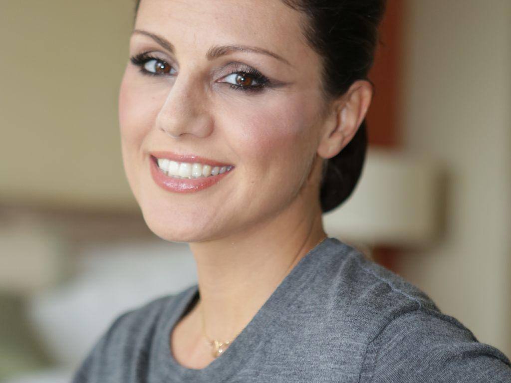 Nazan Eckes