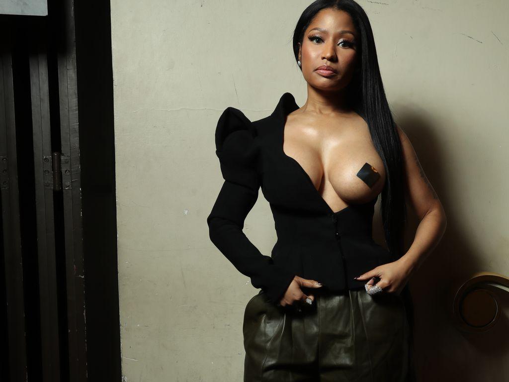 Nicki Minaj Raps Flawless Acapella