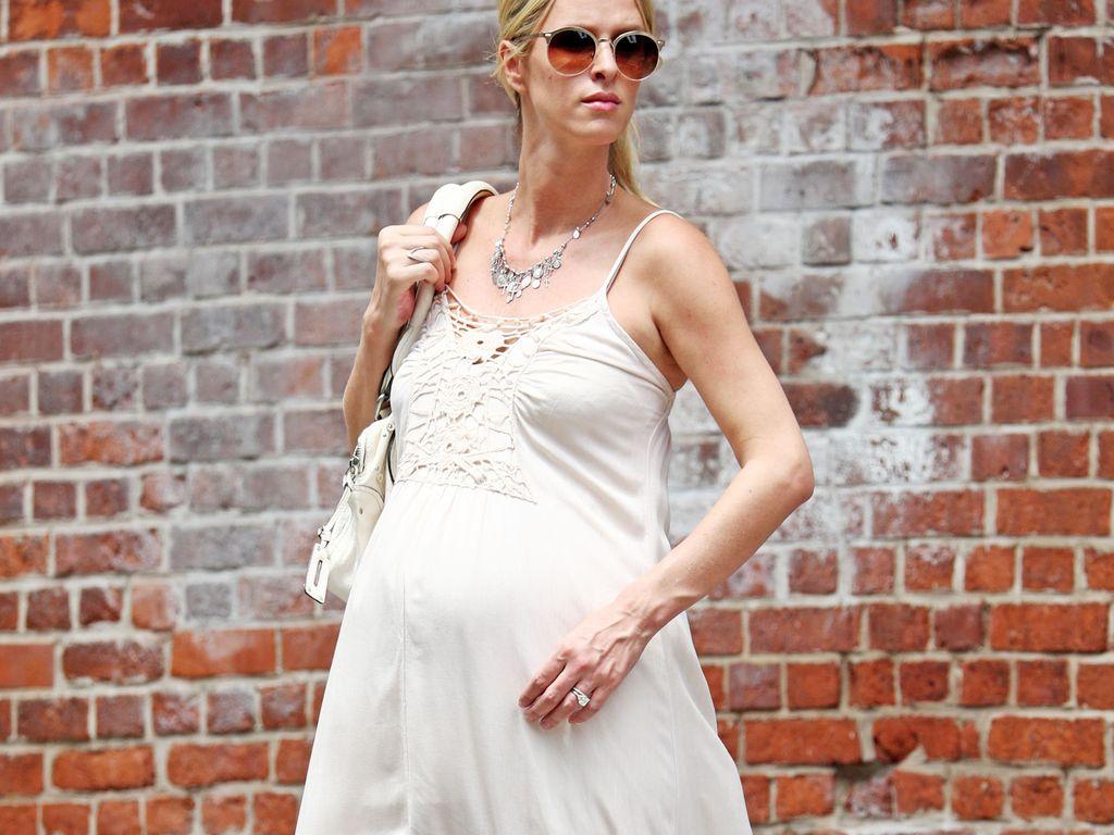 Nicky Hilton hochschwanger in Soho Anfang kurz vor der Geburt im Juli 2016