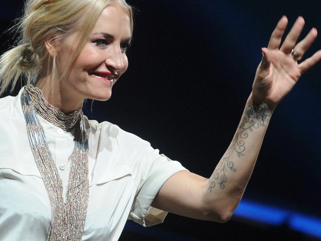 tattoo finger sarah connor