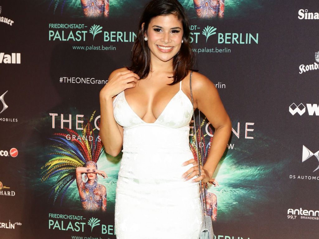 "Tanja Tischewitsch bei der Premiere zu ""The ONE Grand Show"" in Berlin"