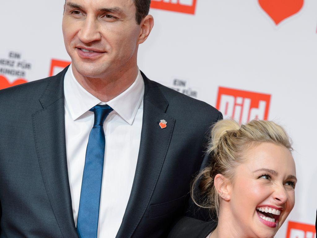 """Wladimir Klitschko und Hayden Panettiere bei der """"Ein Herz für Kinder""""-Gala in Berlin"""