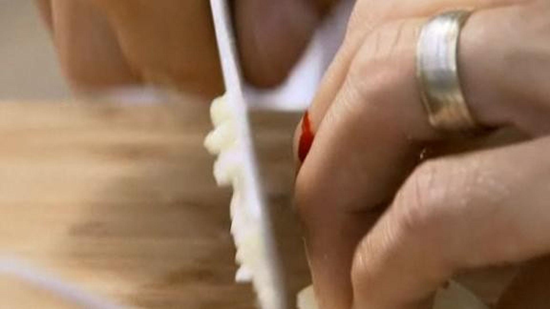 SAT.1 Kochshow: Blutiges Zwiebel-Massaker im TV! | Promiflash.de
