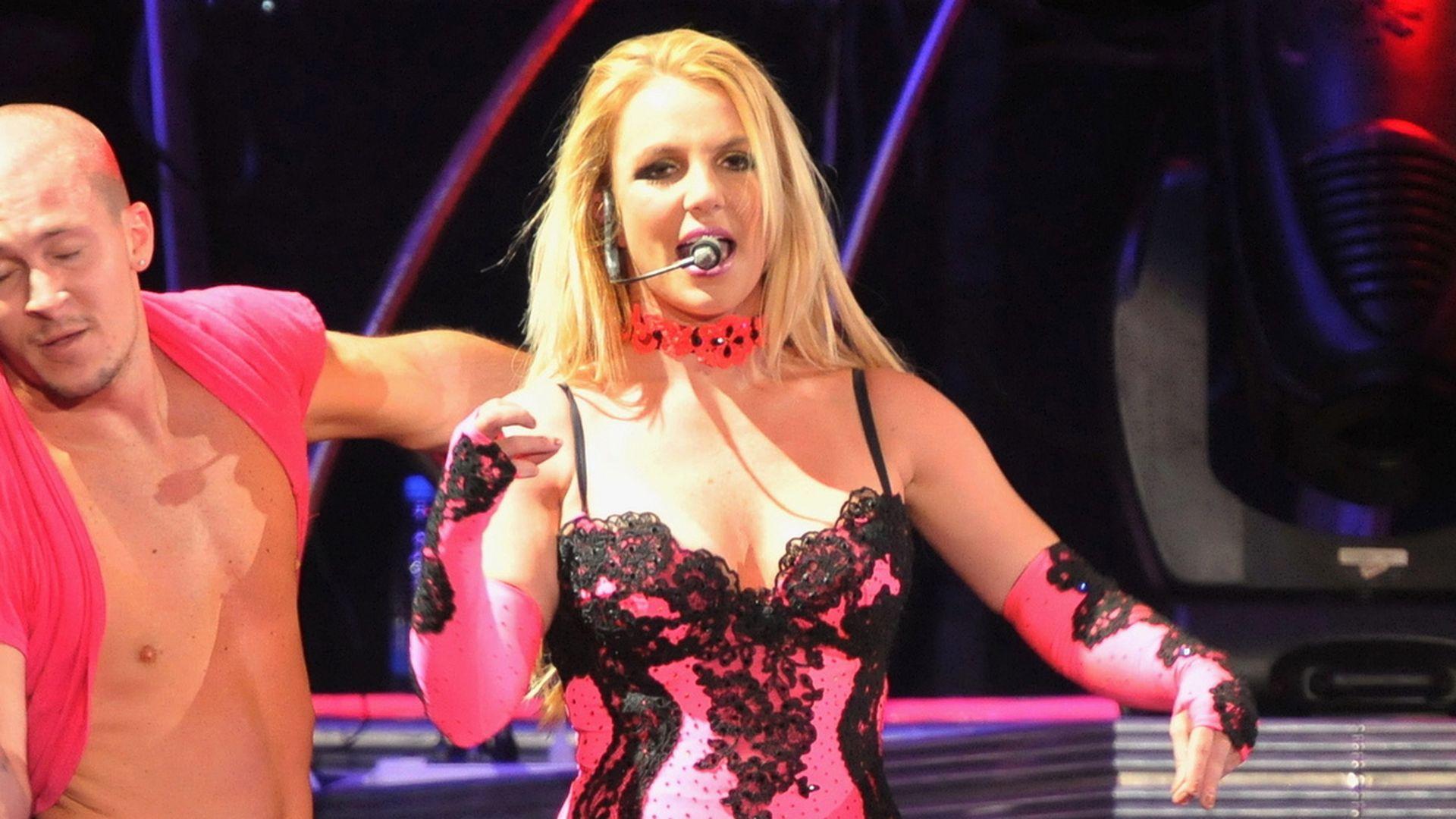 Im Internet sind neue Nacktfotos von Britney Spears