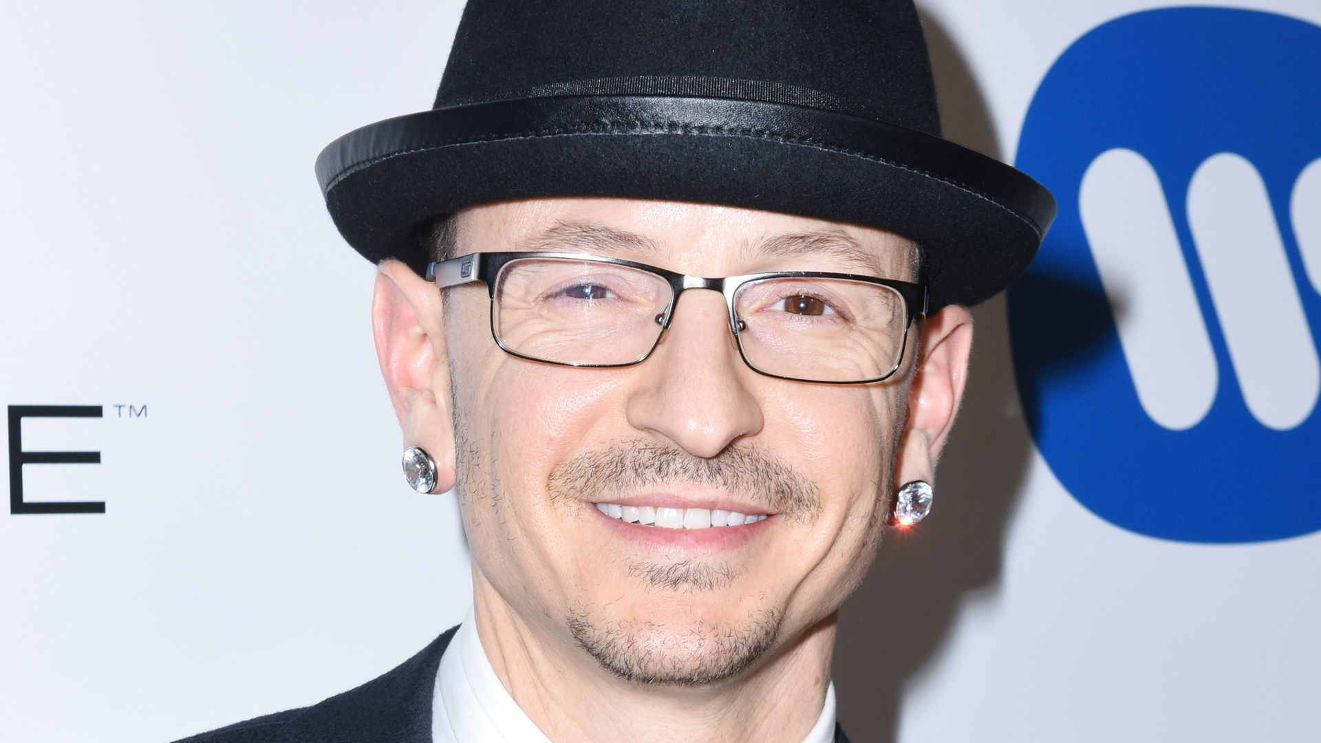 chester bennington. Black Bedroom Furniture Sets. Home Design Ideas