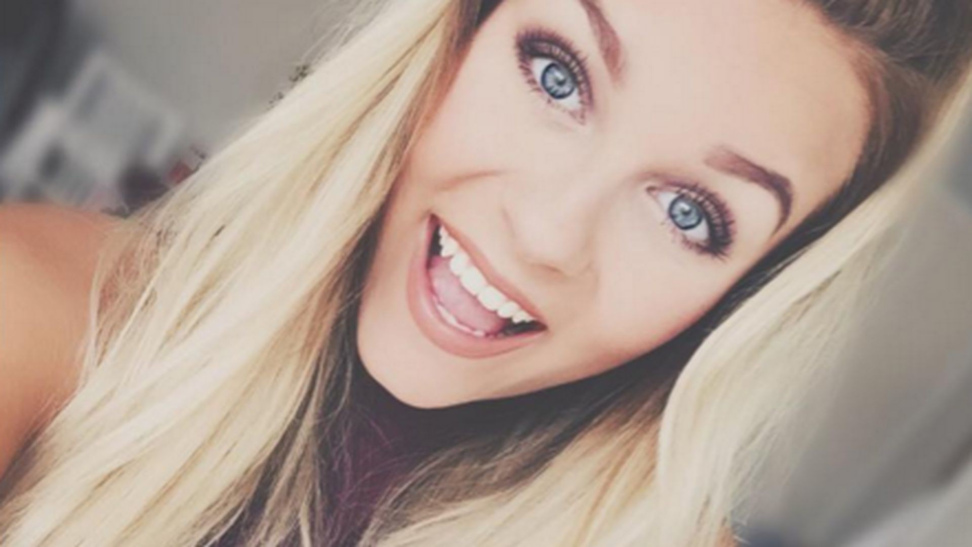 Dagi Bee Lacht Youtuberin