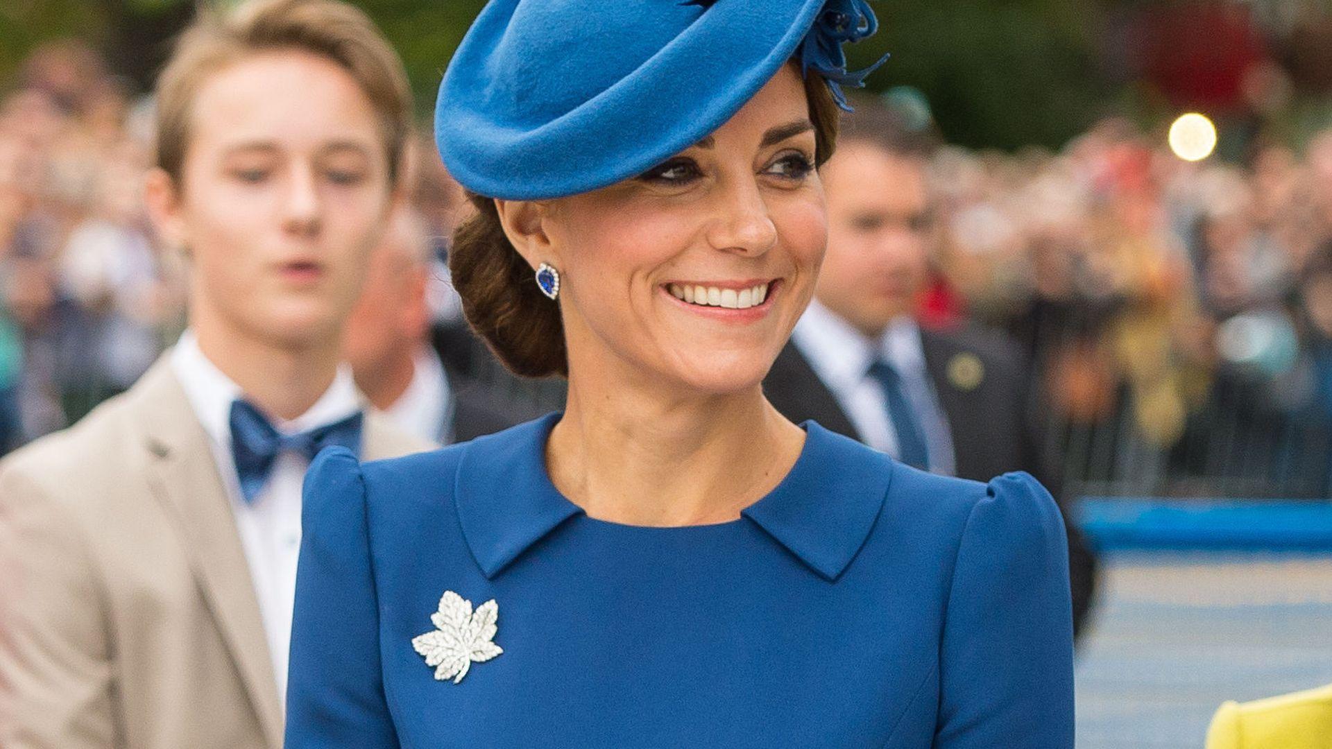Royale Mode-Ikone Kate: Diese It-Kleider trug sie in Kanada ...
