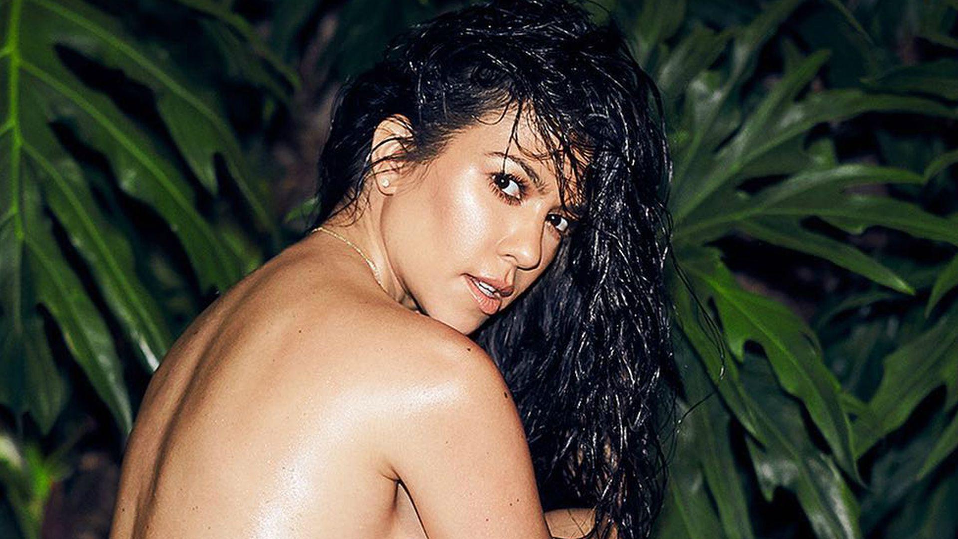 Mit Makeln: Kourtney Kardashian liebt ihren nackten Body