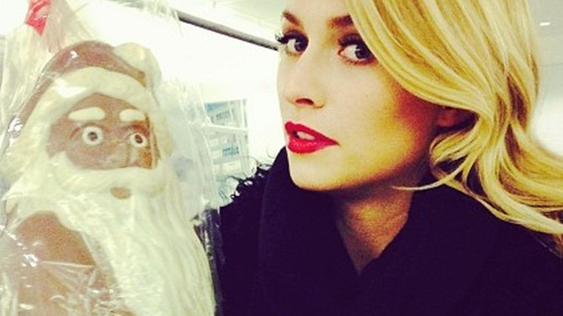 Lena Gercke will den Weihnachtsmann vernaschen