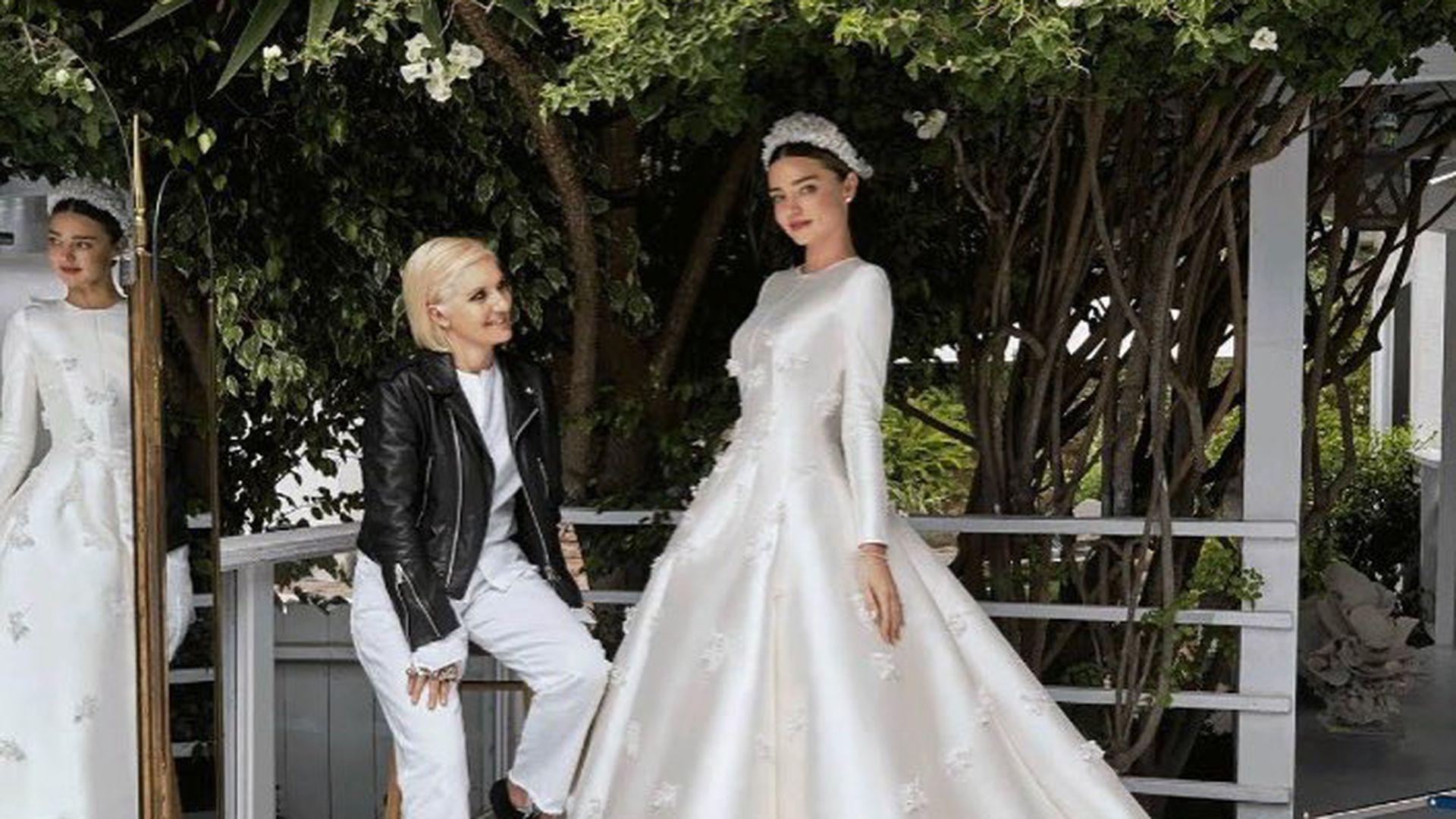 Traum in Weiß: In diesem Dior-Kleid sagte Miranda Kerr \