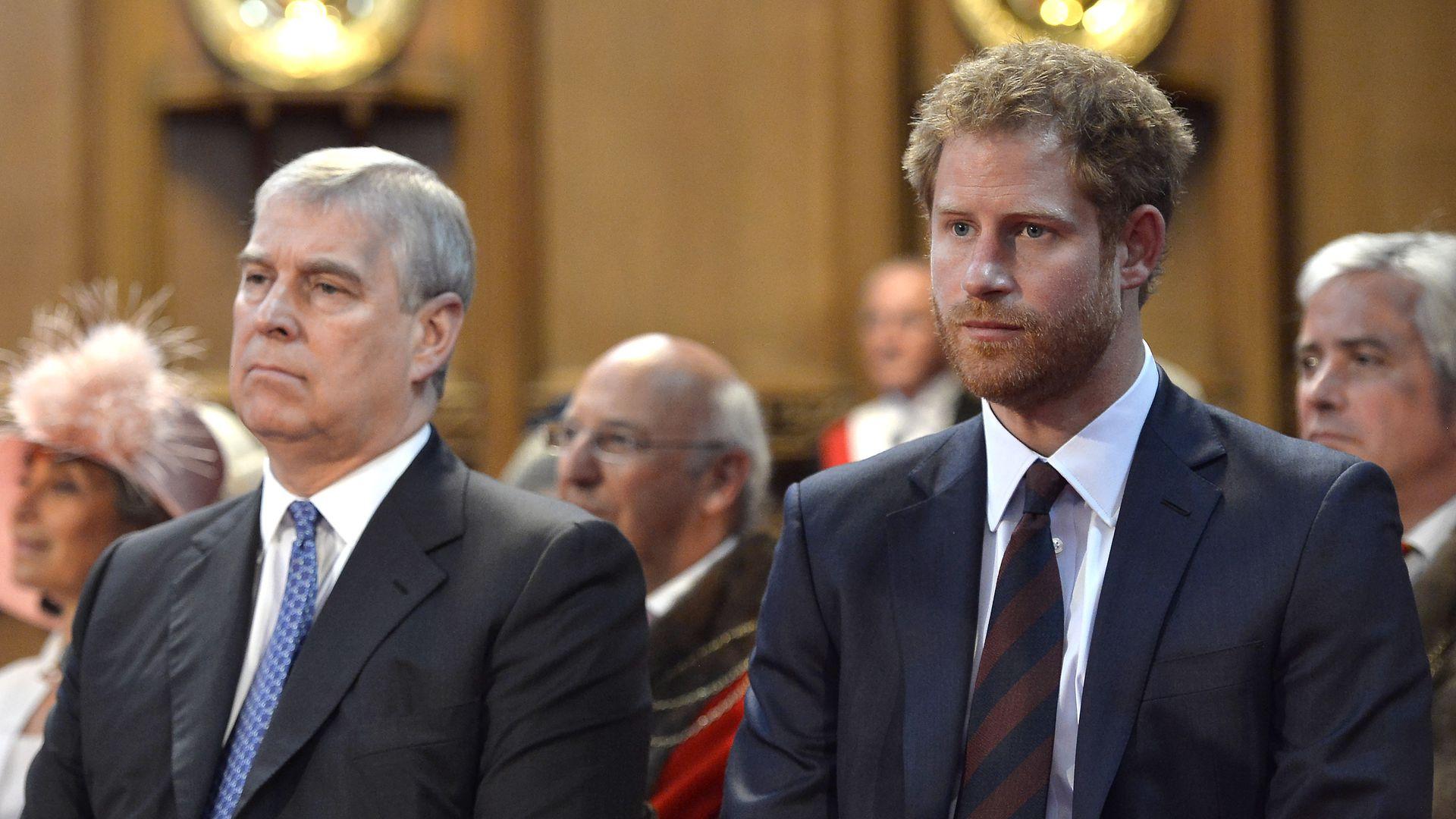 Als-Einziger-Prinz-Andrew-empfing-Harry-mit-offenen-Armen