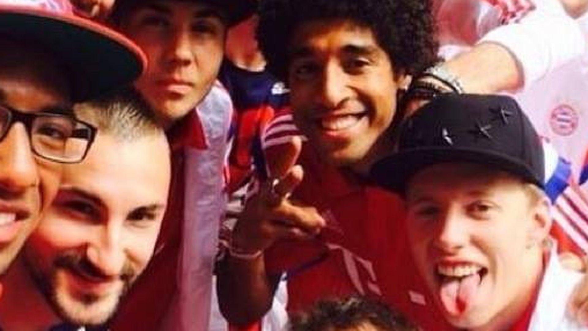 Zurück in München: Team-Selfie der Bayern-Spieler
