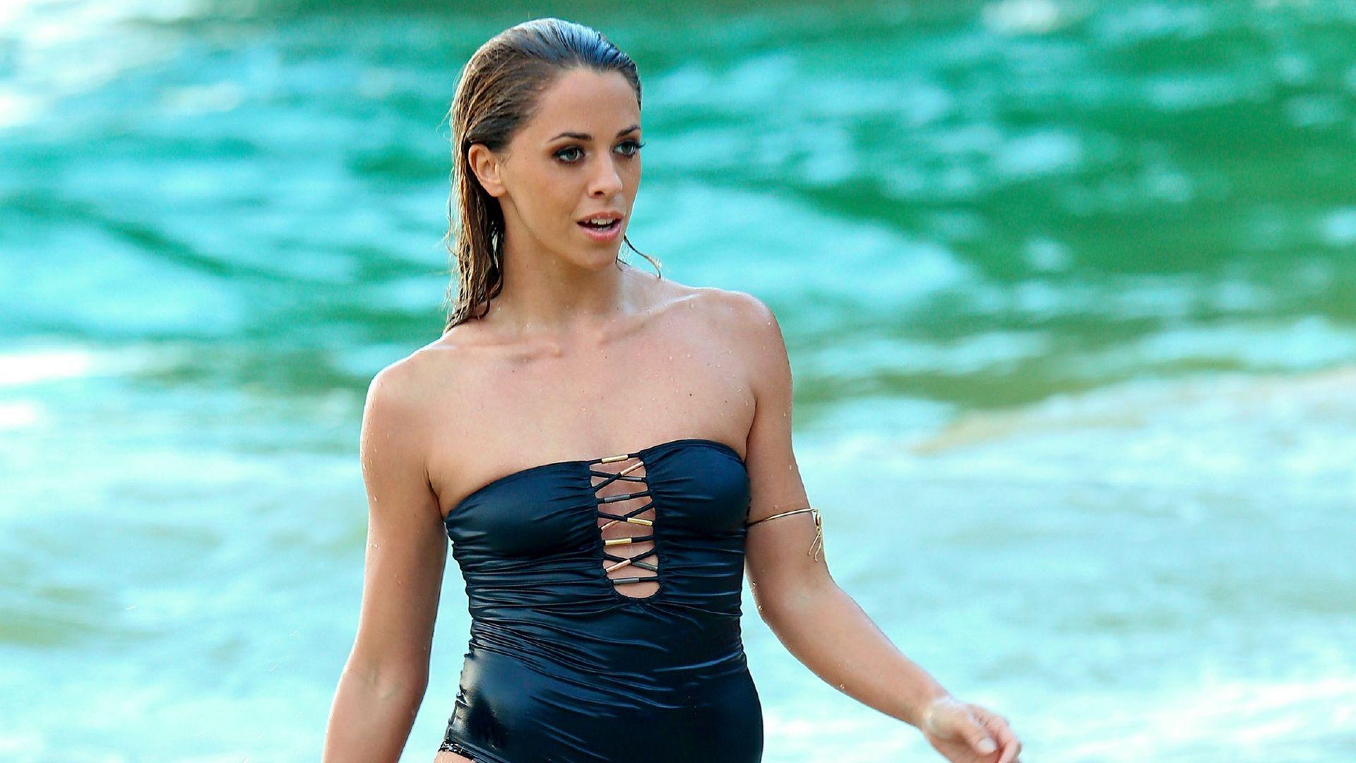 Heißer DSDS-Neuling! Jurorin Vanessa Mai im sexy Beach ...