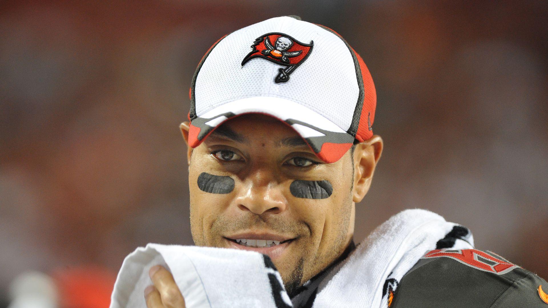 NFL-Star Vincent Jackson (38) tot in Hotelzimmer aufgefunden - Promiflash.de