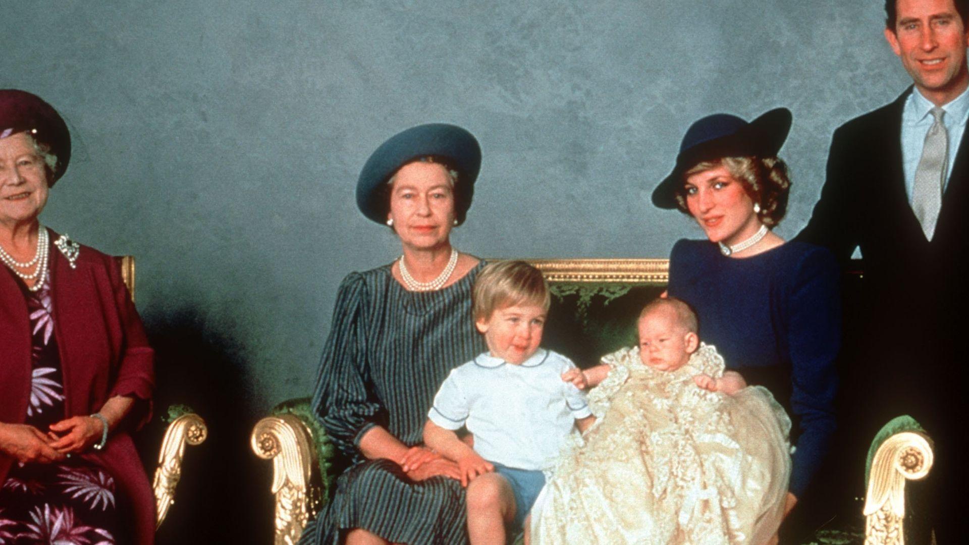 Seit 1841 Britische Royal Babys Tragen Traditions Taufkleid