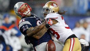Toter NFL-Star gestand einem Freund im Knast seine Liebe!