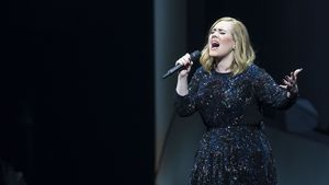 Adele bei einem Auftritt in Amsterdam 2016