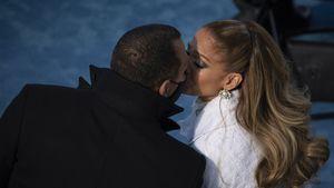 Süß! A Rod knutscht J.Lo nach ihrem Vereidigungs-Auftritt ab