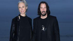 """Süß! Keanu Reeves' Liebste kutschiert ihn zum """"Matrix""""-Set"""
