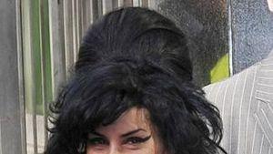 Amy Winehouse will unbedingt mit Usher singen