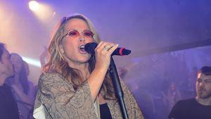GZSZ-Highlight: Anastacia performt im Mauerwerk