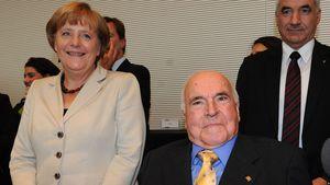 Angela Merkel und Helmut Kohl im Jahr 2012