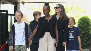 Rasselbande: Hier tourt Angelina Jolie mit ihren Kids!