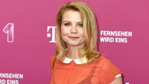 Annette Frier bei der Ankunft zur Telekom EntertainTV Night in Berlin