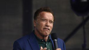 Arnold Schwarzenegger wurde von seinem Vater geschlagen