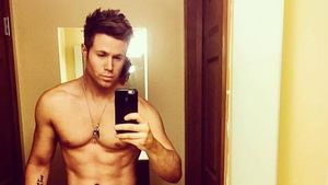 Ashley Parker Angel, Sänger