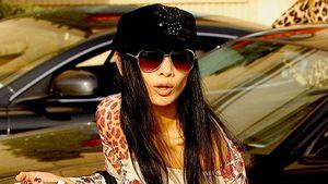 Bai Ling: Shopping im extrem knappen Mini-Dress