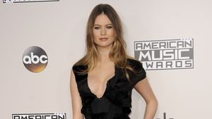 "Behati Prinsloo bei den ""AMAs"" in Los Angeles"