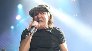Gehörverlust droht! AC/DC-Tour ohne Sänger Brian Johnson