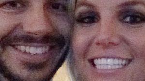 Knebelvertrag! Britney Spears Neuer muss schweigen
