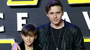 Cooler Bruderabend: Brooklyn & Romeo Beckham im Partnerlook!