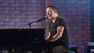 Cooler Fan! Springsteen feuert Reiter-Tochter an