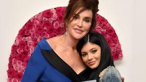 """Enkeltochter: Kylies """"Papa"""" Caitlyn Jenner total gerührt!"""