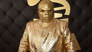 "Cee-Lo Green als ""Gnarly Davidson"" bei den Grammy-Awards 2017"