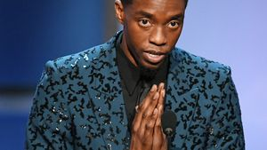 Marvel-Co-Stars ehren Chadwick Boseman (†43) bei Awardshow