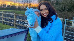 Ladekabel im Babybett: UK-Realitystar bekommt Shitstorm!