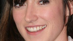 Charlotte Roche: Stiefvater übt scharfe Kritik
