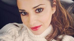 Cheryl mit rotem Lippenstift