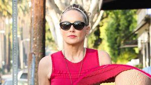 Sharon Stone zeigt schrumpelige Beine