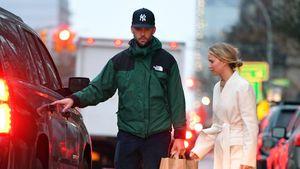 Nach Hochzeit: Jennifer Lawrence und Cooke genießen Alltag
