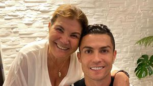 Ronaldo schenkt seiner Mama zum Muttertag ein neues Auto!