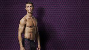 Spiegelbild-Fan: Cristiano Ronaldo liebt seinen Anblick!